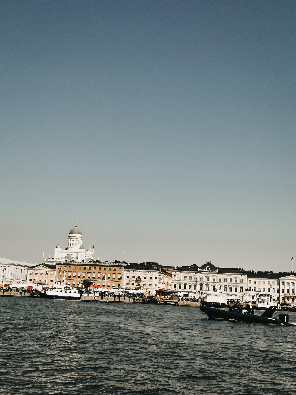 Vista di Helsinki dal mare